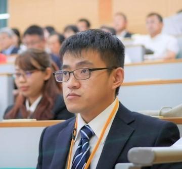 student (5)